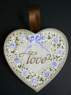 Lisa's Craft Garden - Dot roses on a hanging heart. A perfect Handmade gift Lace Painting, Mirror Painting, Painting On Wood, Arts And Crafts Projects, Hobbies And Crafts, Craft Show Ideas, Heart Decorations, Wooden Hearts, Heart Art