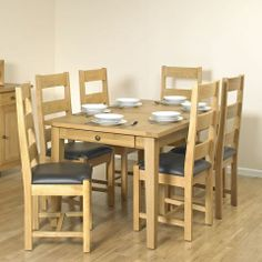 Balmoral Natural Oak Large Extendable Table with 6 Chairs - Casafina £699