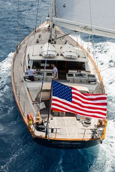 This amazing modern yacht is the most inspiring and magnificent idea Classic Sailing, Classic Yachts, Sailing Gear, Sailing Ships, Luxury Sailing Yachts, Boating Holidays, Cool Boats, Yacht Boat, Sailboat Yacht