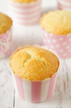 Massa para cupcake ou bolo de baunilha   Vídeos e Receitas de Sobremesas