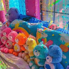 Discovered by Find images and videos about aesthetic, colorful and rainbow on We Heart It - the app to get lost in what you love. Aesthetic Indie, Rainbow Aesthetic, Aesthetic Room Decor, Aesthetic Collage, Pink Aesthetic, Photo Wall Collage, Picture Wall, Images Esthétiques, Indie Room