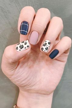 Red Cheetah Nails, Cheetah Nail Designs, Leopard Print Nails, Cute Acrylic Nail Designs, Best Acrylic Nails, Animal Nail Designs, Girls Nail Designs, Leopard Nail Art, Red Leopard