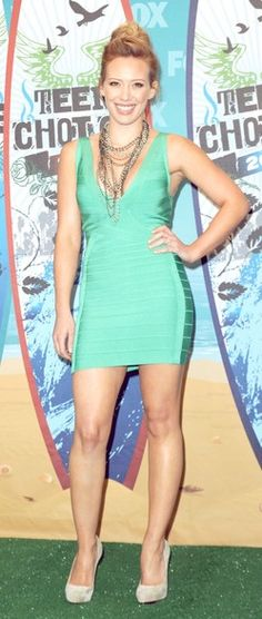 Hilary Duff in Herve Ledger at the Teen Choice Awards,  5'1''