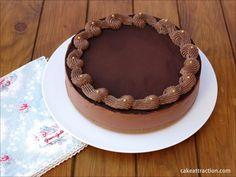 Tarta de queso y chocolate sin horno!. Con estos calores no hay quien encienda el horno, ¿verdad? Por eso hoy os traigo una tarta que no requiere encenderlo!.