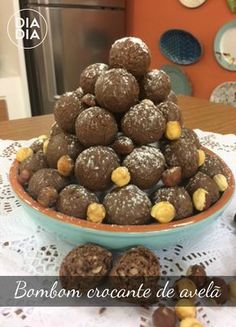 12 Best Inaugurare Leonidas Victoriei Images Candy Baking Chocolate