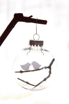 Creative ways to fill clear glass ornaments -- turn them into beautiful gifts for Christmas with these fun DIYs!