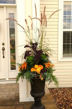Gardening Autumn - Fall Planter using a variety of kale, mums, grasses, asparagus fern, and miniature pumpkins and gourds. - With the arrival of rains and falling temperatures autumn is a perfect opportunity to make new plantations Container Flowers, Container Plants, Container Gardening, Vegetable Gardening, Organic Gardening, Gardening Tips, Asparagus Fern, Fall Flower Pots, Fall Flowers