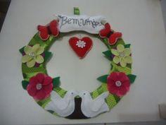 MissFelicidade Lembrancinhas: linda guirlanda de porta em tecido e feltro