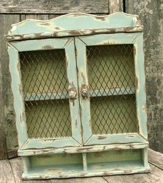 Annie Sloan Chalk Paint Duck Egg Blue, Versailles, Cream