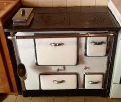 cuisiniere ancienne en fonte poele a bois e love pinterest ancien bois et cuisini re. Black Bedroom Furniture Sets. Home Design Ideas