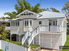 Property data for 15 Ison Street, Morningside, Qld Get sold price history for this house & median property prices for Morningside, Qld 4170 Queenslander House, Roof Paint, Property Prices, Sims House, Australian Homes, Local Real Estate, Entry Hall, Exterior House Colors, House Painting