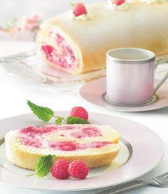 Biskuitrolle mit Beerenfülle -Glutenfrei kochen und backen – lecker und schmackhaft