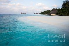 White Beach - Turquoise water