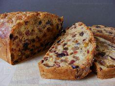 Elizabeths Kitchen: Fruity Chai Loaf - Vegan