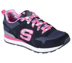 New Season, New Styles: Skechers Retrospe...   Find out more: http://marblearc.com/products/skechers-retrospect-floral-fancies-84201