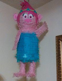 Poppy Piñata 😉