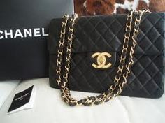 There's nothing like a black 2.55 Chanel bag!