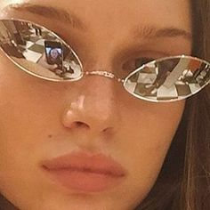 luxe eyewear x accessories Cat Eye Sunglasses, Mirrored Sunglasses, Sunglasses Women, Vintage Sunglasses, Sunglasses Accessories, Womens Fashion Online, Latest Fashion For Women, Cat Eye Colors, Kawaii