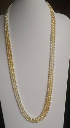 Very beautiful 65 cm ( 27 inch) ombre strands (graduation) mm high luster Vietnamese Akoya cultured pearls. Pearl Jewellery Designs, Pearl Necklace Designs, Jewelry Design Earrings, Gold Earrings Designs, Bead Jewellery, Beaded Jewelry, Gold Necklace, India Jewelry, Bridal Jewelry