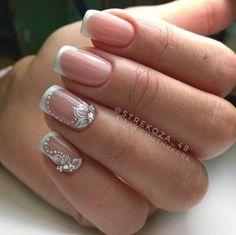 Stunning French nails for ladies - DarlingNaija Bridal Nail Art, Bride Nails, Wedding Nails Design, French Tip Nails, Beautiful Nail Designs, Manicure And Pedicure, Pedicure Ideas, Toe Nails, Nail Nail