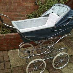 Fiona's pram - but hers was green