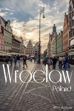 Wroclaw, Poland, completely took me by surprise.  Add this charming city to your to-do list for 2016, when it will be one of the European Capitals of Culture! | The Mochilera Diaries