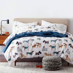Cozy Cat and Dog Print Percale Fitted Sheet Nyc Studio, Dorm Essentials, The Company Store, Cute Cats And Dogs, Warm Sweaters, Cotton Bedding, Cool Patterns, Pet Shop, Snug Fit