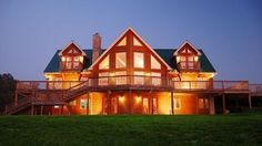 Beautiful Log Home on 18 Acres in Franklin Tennessee