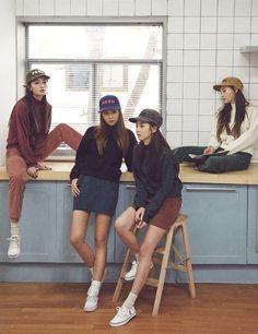 Korean Fashion Similar Look Korean Fashion Trends, Korea Fashion, Kpop Fashion, Asian Fashion, Girl Fashion, Fashion Outfits, Womens Fashion, Ulzzang Fashion, Ulzzang Girl