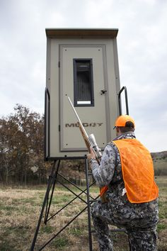 New for Muddy introduces the Gunner box blind, younger brother to the feature driven Muddy bull blind. Hunting Blinds, Outdoors, Box, Outdoor, Boxes, Outdoor Rooms, Nature