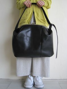 "macromauro マクロマウロ ""ganma""がま口ショルダーバック BLACK - tity Leather Backpack, Backpacks, Amazing, Bags, Fashion, Taschen, Handbags, Moda, Leather Book Bag"