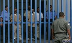 """لجنة الصليب الأحمر تتابع الأسرى المرضى وترفض سياسة """"التغذية القسرية"""": يواصل نحو 1800 أسير في سجون الاحتلال الإسرائيلي، إضرابهم المفتوح عن…"""