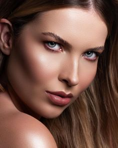 "Bruno Penato on Instagram: ""Model @marjorie.melchior Beauty @viviferreiramakeup . . . #beautyphotography #nikon #lips #makeup"" Woman Face, Nikon, Makeup, Instagram, Women, Make Up, Female Faces, Beauty Makeup, Bronzer Makeup"
