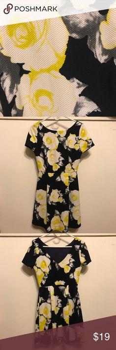 Cute 🌼 Printed Dress Floral Printed dress. Dresses