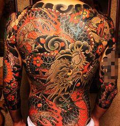 Japanese back tattoo by @horimomo. #japaneseink #japanesetattoo #irezumi #tebori #colortattoo #colorfultattoo #cooltattoo #largetattoo #armtattoo #tattoosleeve #backtattoo #dragontattoo #birdtattoo #flowertattoo #cherryblossomtattoo #scripttattoo #blackwork #blackink #blacktattoo #wavetattoo #naturetattoo