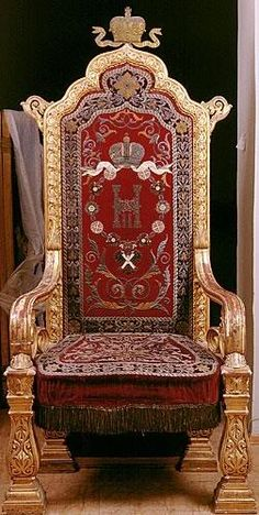 Imperial Throne of Tsar Nicholas II. Gotta love Russian history!