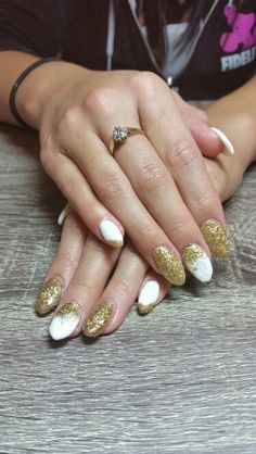 White and gold sculpted gel nails - nailsbyailesh