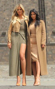Kim & Khloe Kardashian Style