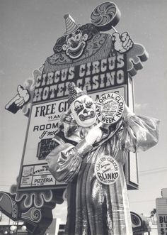 Circus Circus, Las Vegas, 1977. This is not a horror movie still, but a scene designed to attract the business of actual families in 1970s Las Vegas. The clown is Blinko, hired by the resort as ambassador of goodwill, strolling the midway, greeting guests and inflating balloons for children. Blinko (Ernie Burch) retired from Circus Circus in 1990 and was honored by hotel officials and fellow performers.