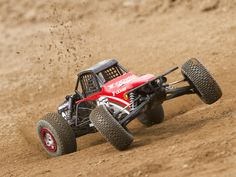 Losi XXX-SCB action video - RC Car Action