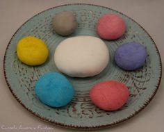 Pasta di zucchero come fare a prepararla e colorarla