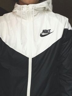 sweater jacket black and white nike nike jacket workout windbreaker nike windbreaker Sport Outfit, Sport Wear, Sweatshirt Outfit, Athletic Outfits, Athletic Wear, Athletic Clothes, Athletic Shoes, Nike Outfits, Casual Outfits