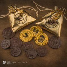Create your own chocolate Gringotts with Cinereplicas Gringotts Bank chocolate coin mold available here Harry Potter Snacks, Harry Potter Movies, Chocolate Coins, Movie Marathon, Foil Paper, Chuck Norris, Christmas Knitting, Goblin, Hogwarts