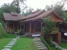 rumah bamboo