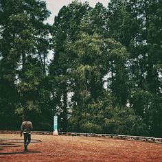 A paso lento . . #vsco #vscogood #vscocam #snapseed #snapshot #snap #eyeem #igers #instamoment #hallazgosemanal #city #travel #walk #photography  #instagram #woods #ig_argentina #ig_mendoza #moodygrams #moodyxfujifilmx #artofvisuals #bevisuallyinspired #mg5k #mountains #nature