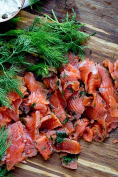 This is one of those recipes where I wonder why I hadn't been doing this all of my life. Gravlax or cured salmon is super tasty and something I used to buy for our Christmas morning breakfast sprea… Gravlax Salmon Recipe, Smoked Salmon Recipes, Salmon Sashimi, Lobster Recipes, Fish Recipes, Seafood Recipes, Healthy Recipes, Smoker Recipes, Healthy Meals