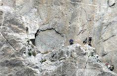 Climbing the face of El Capitan