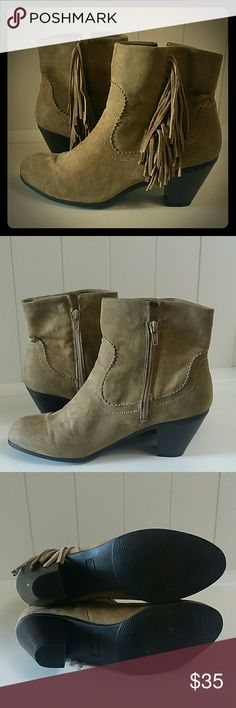 Fringe ankle booties Maurices ankle boots with fringe and zipper.  Normal wear. Size 10M. 89844 leather upper Maurices Shoes Ankle Boots & Booties