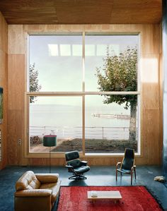 Living Room House At Lake Geneva