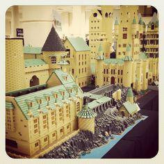 Lego Hogwarts...shut up and take my money